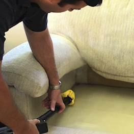 Как вывести клопов из дивана – инструкция с картинками