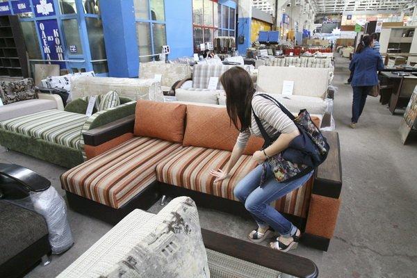 В некоторых квартирах завелись клопы после покупки новой мебели