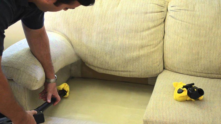Парообработка мягкой обивки дивана